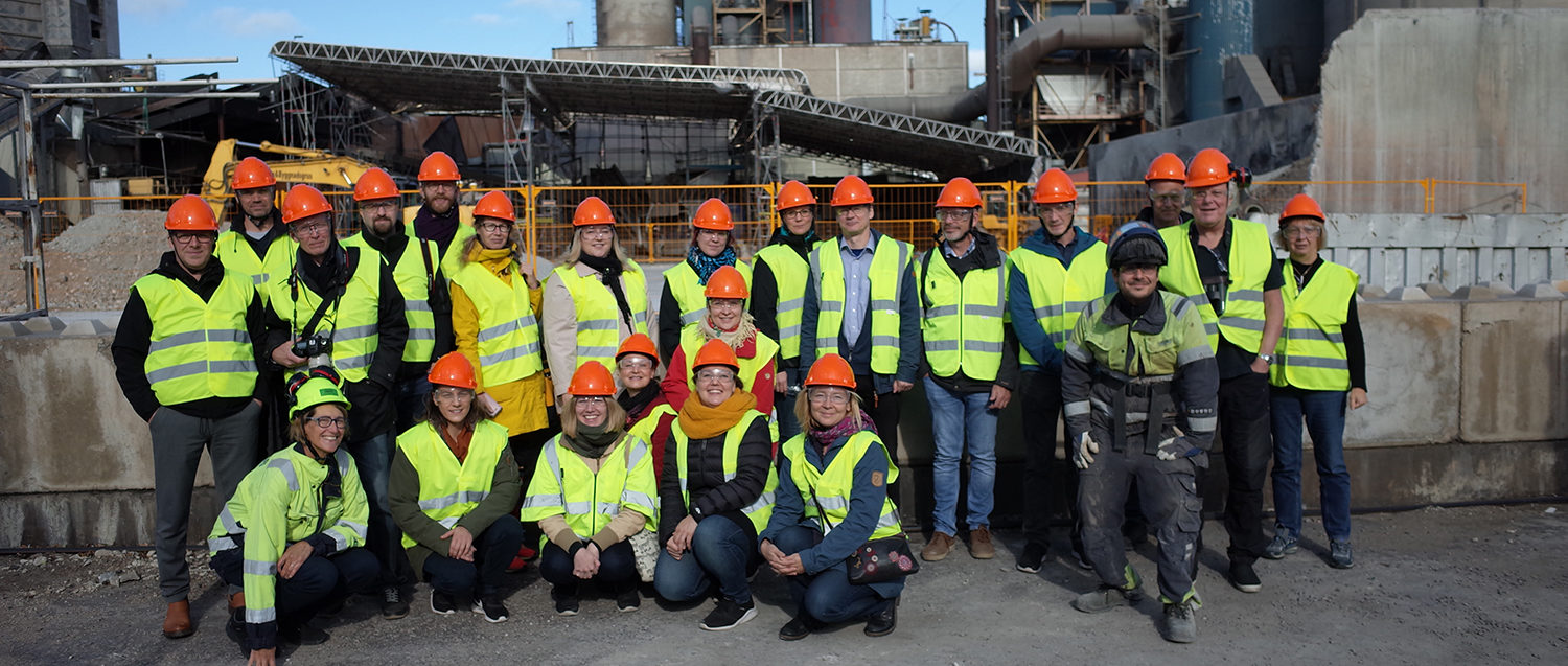 SEABASED Project team wearing safety vests and helmets in Cementa